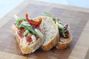 broodje carpaccio tomato - pain carpaccio
