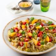 Sharing couscous avec merguez et orange